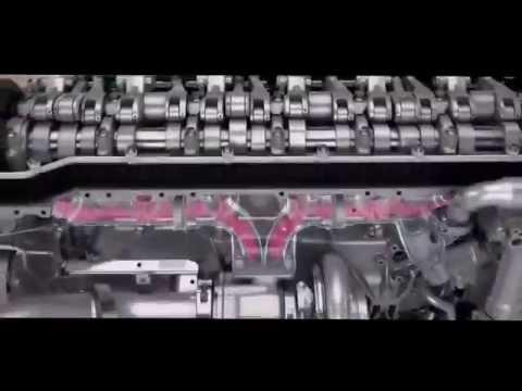 Двигатель грузовика за работой