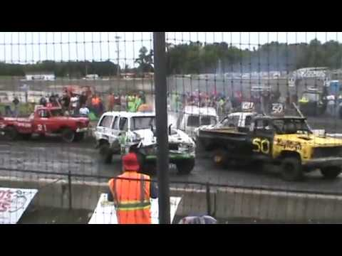 Chain Trucks Arlington Raceway MN