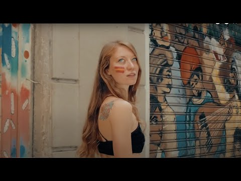 Beautiful Anna Shows You Barcelona