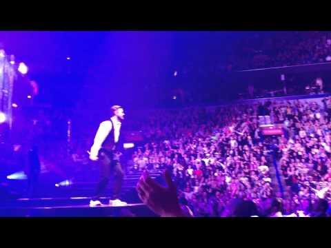 "Justin Timberlake 20/20 Experience World Tour, St. Louis, November 19, 2013- ""Mirrors"""