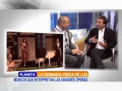 Marco Armiliato en NTN24 con Alfonso Diaz