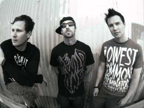 blink-182 - Going Away To College