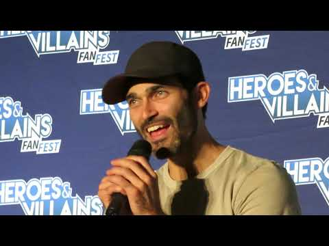 2018 Heroes and Villains NJ Tyler Hoechlin Panel 57