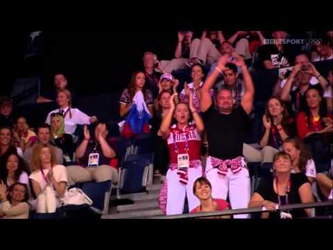 ОИ2012 сборная команда России в групповых упражнениях (обручи+ленты)