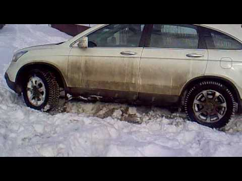 Honda CR-V Off Road in Snow - YouTube