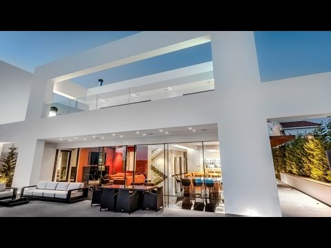 Stunning Luxury Contemporary Residence - Glyfada, Athens (Greece)