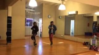 Martina Stoessel bailando
