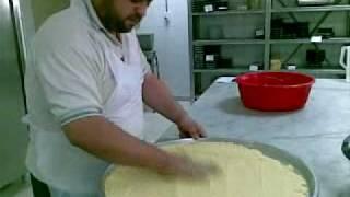 النمورة او البسبوسة على طريقة الشيف مصطفى هدلا.mp4 Video