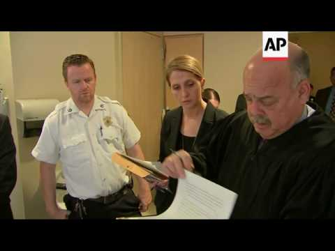 Suspect in Doctors' Slayings Held Without Bail