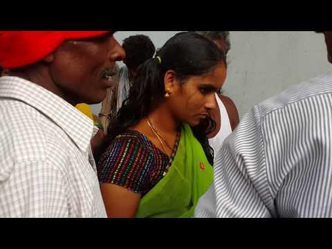 BEAUTIFULL INDIAN WOMEN HEADSHAVE