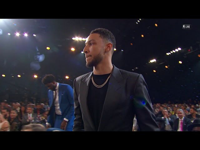 Ben Simmons Wins 17'-18' NBA Rookie Of The Year