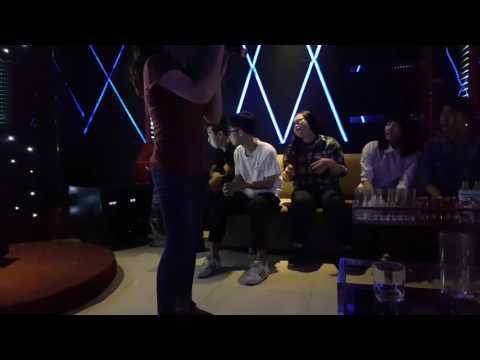 Cơn gió lạ karaoke - sv ĐH XH & NV Hanoi