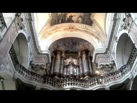 Prague Church Organ Tuning