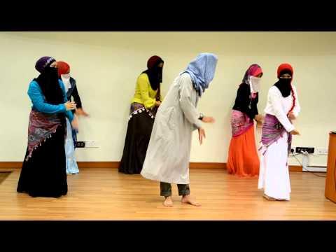 Upsi Tarian Lagu Asing (Nour El Chams)