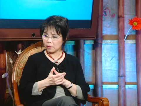 "Lam Thuy Van Show - Chu De "" Breast Cancer "" with Dr. Harness and Dr. Bich Lien Part 1"