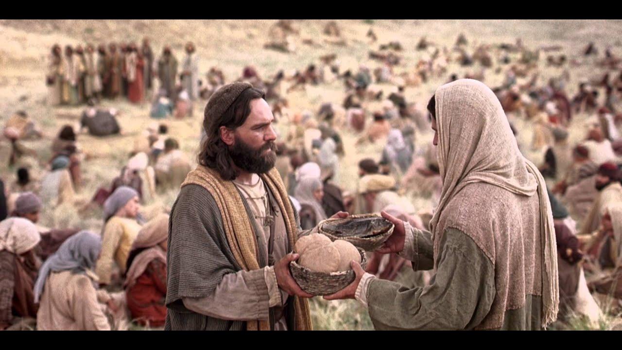 Resultado de imagem para imagens de jesus se alimentando