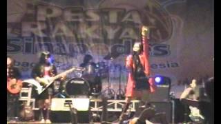 Red Rose Band Surabaya - Gue Rock n RoLL Melanie Subono COVER