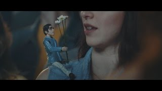 O Terno - Ai, Ai, Como Eu Me Iludo (clipe oficial)