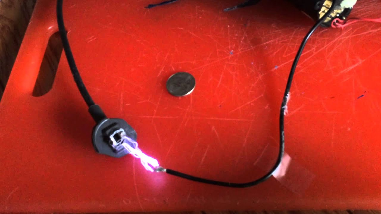 Two-inch sparks using a television flyback – gammacephei