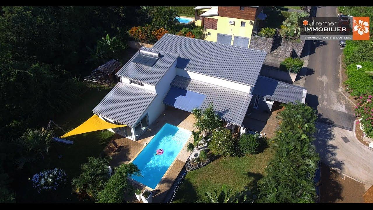 Villa d 39 exception a la possession agence immobili re ile for Agence immobiliere 974 reunion