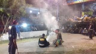 LEGOWO PUTRO!!Bantengan ricuh live Jombang.....MBOIISSS_BROWW