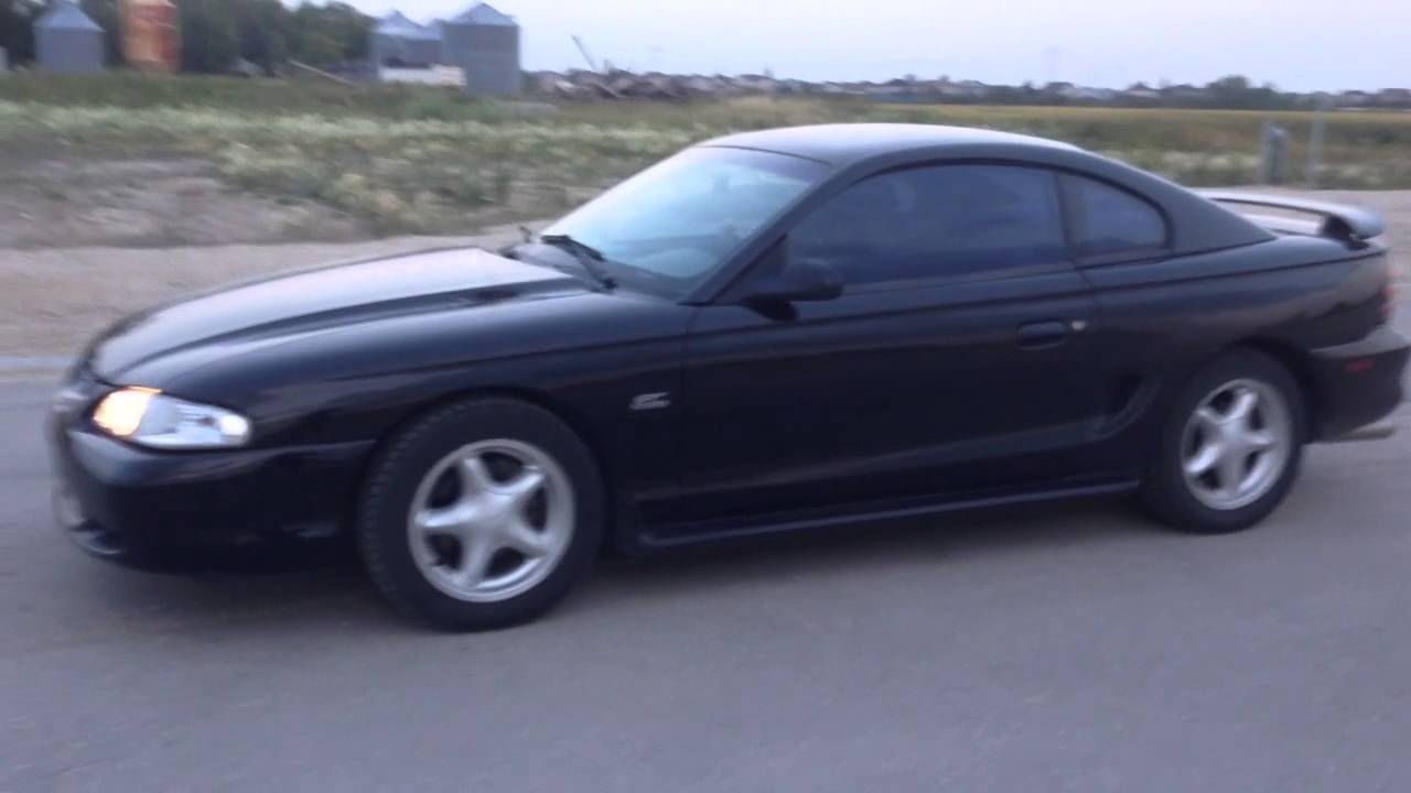 1995 ford mustang gt burnout