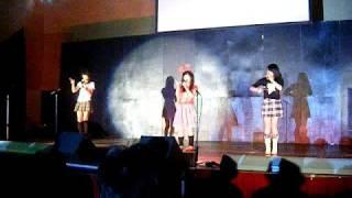 クリーミィ倶楽部。 10月4日文化祭ステージにて.