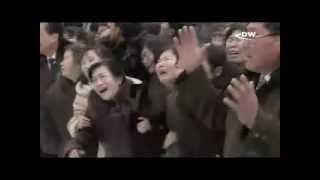 Инсценировка массовой скорби в Северной Корее   21р