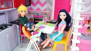 Miraculous Ladybug Doll Family LOL Surprise Baby Night routine le bébé de Marinette ladybug