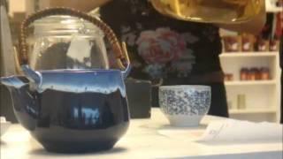 4 SPOT CEAI VERDE TAIWANEZ.wmv(Prepararea ceaiului verde taiwanez Formosa Oolong la Carturesti Iasi., 2011-02-09T18:37:21.000Z)