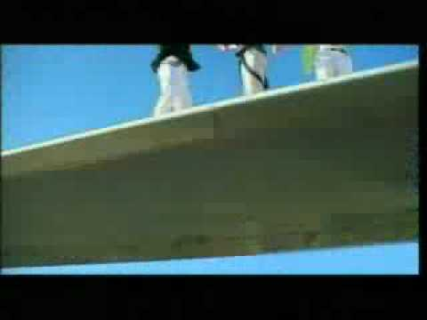 O-Zone - Dragostea Din Tei (Italian Remix) Music Video mp3