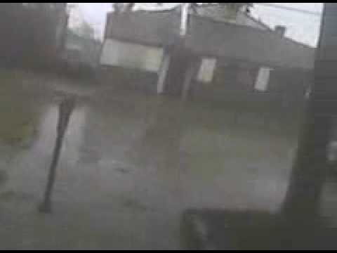 land hurricane footage from carbondale illinois may 8th 2009 outside of el greco