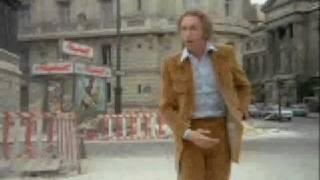 """Film """"Le distrait"""" (scène Pierre Richard toujours distrait...)"""