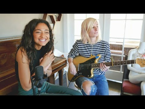 Bob Dylan - Mama, You Been On My Mind (Cover) By Dana Williams and Leah Wellbaum of Slothrust