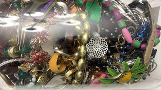 Huge Jewelry Jar Unjarring