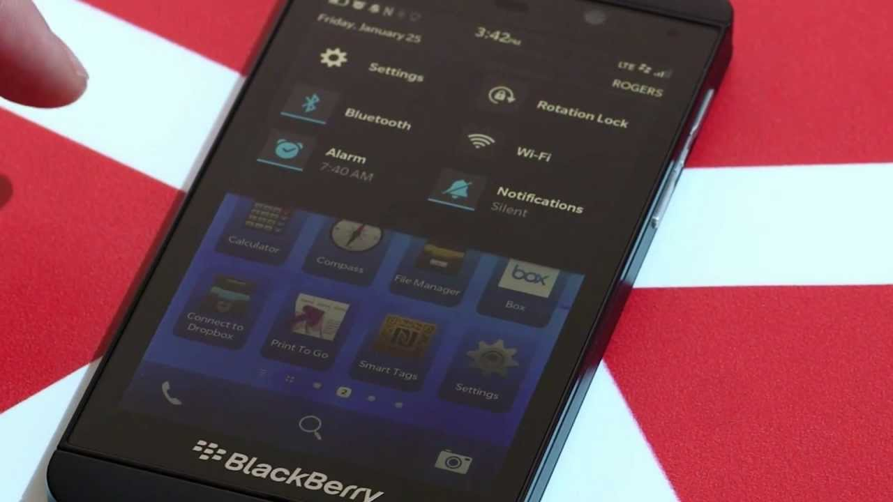 BlackBerry Z10 Review: A Smartphone Born Too Late, Good But Not