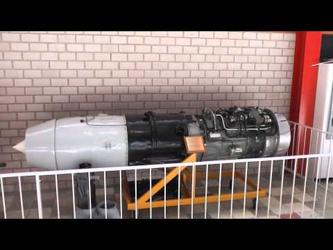 Strahltriebwerk Junkers Jumo 004 - Turbojet engine