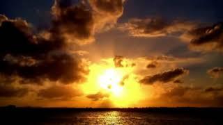 Download lagu timelapse indahnya matahari MP3