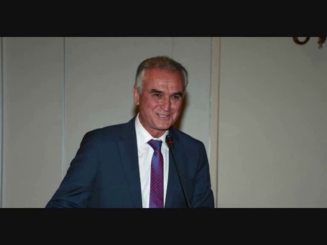 Ο Σάββας  Αναστασιάδης στον 102 FM