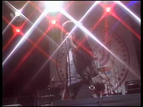 Ramones!We Want The Airwaves, live on the Tomorrow Show (High Quality)