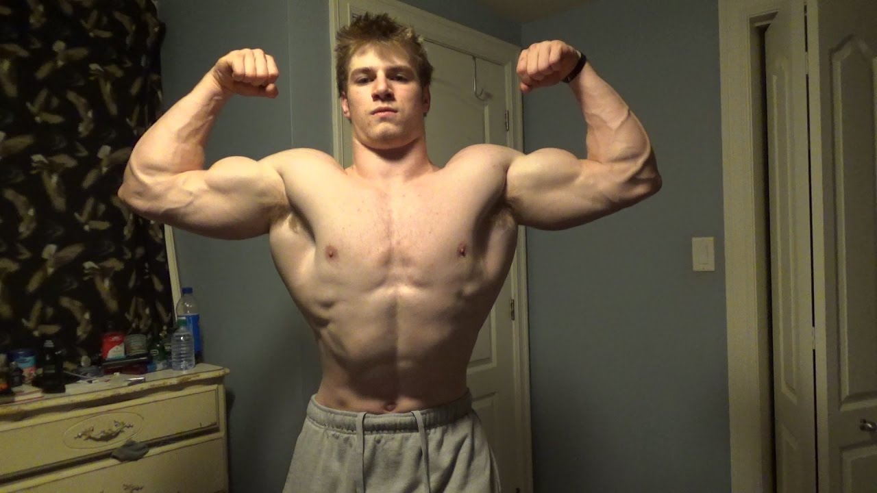 17 YEAR OLD BODYBUILDING FLEXING UPDATE | Patrick leblanc