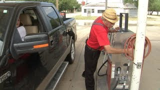 Full Service Station (Texas Country Reporter)