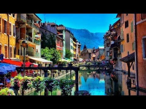 6 Most Beautiful Canal Cities In Europe