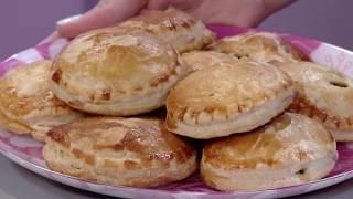 Пирожки по-гречески - Хрю-шеф - С добрым утром, малыши! - Вкусные рецепты для детей