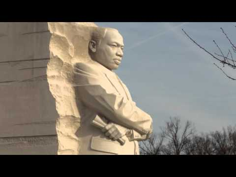 Feature: Men's Basketball Visits Dr. Martin Luther King, Jr. Memorial