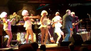 "Shaboo All-Stars with Mike Finnigan & Go-Go Girls  ""I Dig Girls / Drivin Wheel"" 1-2-2011"
