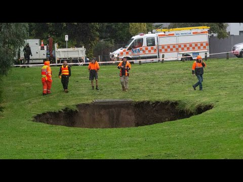 Cold Snap And Heavy Rainfall Opens Sinkhole In Melbourne