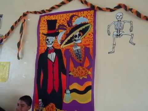 Decoracion de salones dia de muertos secundaria cuauhtemoc for Decoracion de puertas de dia de muertos