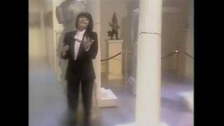 Mireille Mathieu - Du musst mir gar nichts von Liebe sagen 1981