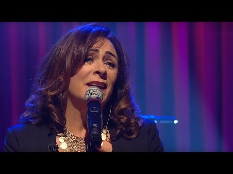 Mary Black - Katie/Past the Point of Rescue | The Late Late Show | RTÉ One